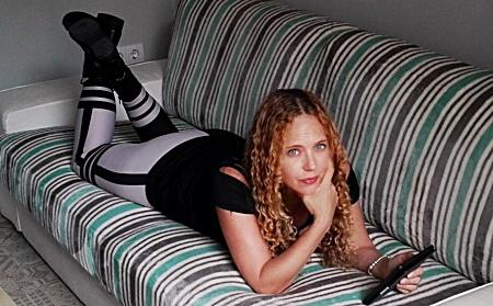 Sesy Sleek Side Stripe Leggings